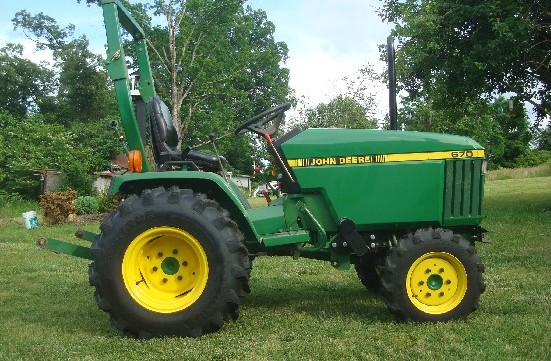 John Deere 670  770  790  870  970  1070 Compact Utility