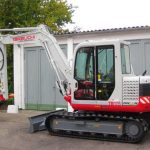 Takeuchi TL230 Crawler Loader Operators Manual(Book No. AU5F001) (French)
