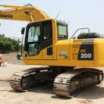 KOMATSU PC200,200LC-5/PC200,200LC-5 MIGHTY/PC220,220LC-5 Excavator Service Repair Workshop Manual