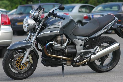 Moto Guzzi Breva V1100