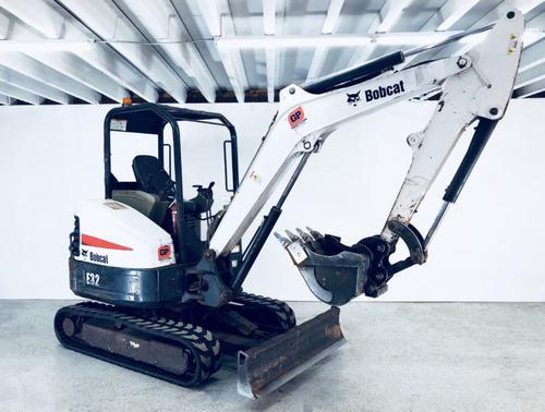 Bobcat E32 Compact Excavator Service Repair Workshop